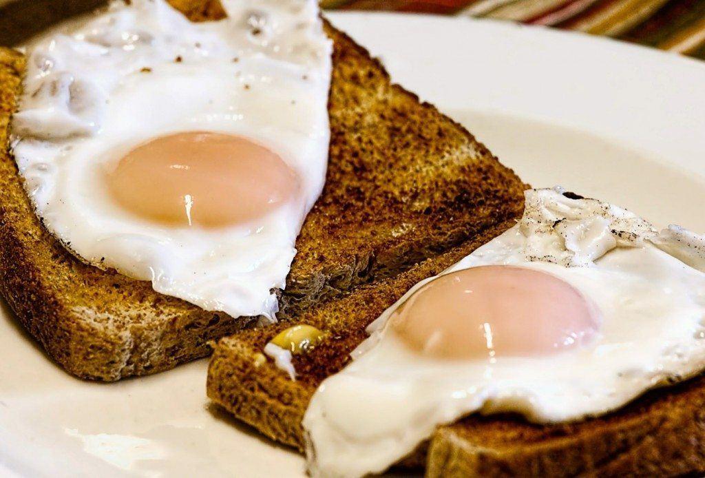 ontbijt-ei-afvallen-koohydraatarm