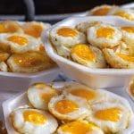 eiermuffins met champignons