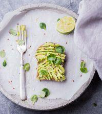 snelle recepten toast met avocado limoen spread (1)