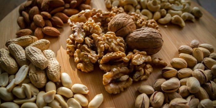 gezonde noten helpen bij afvallen