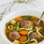 groentesoep-met-balletjes en courgette spaghetti